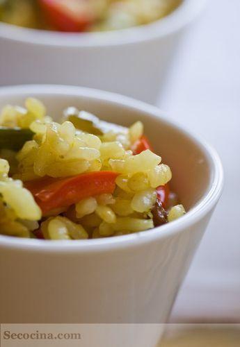 Arroz especiado con verduras
