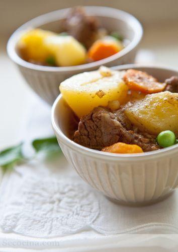 Estofado de ternera con patatas al vinagre balsámico
