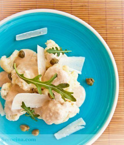 Coliflor con salsa de atún