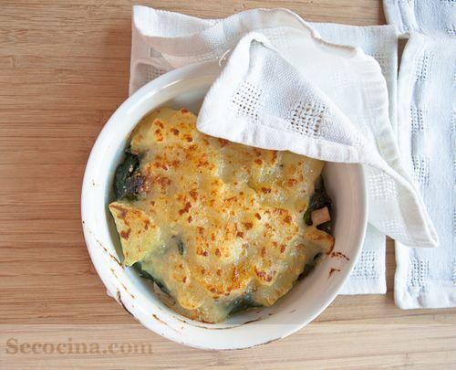 Espinacas gratinadas con patatas a la crema