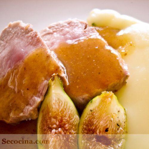 Lomo de ibérico con salsa de higos y puré cítrico