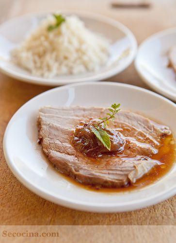 Redondo con cebolla caramelizada y salsa de soja