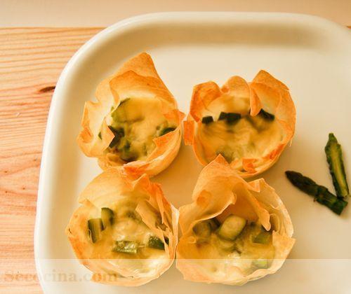 Tartitas de espárragos con queso de Arzúa